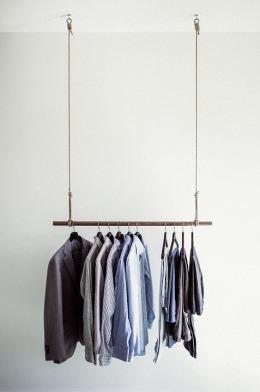 clothes-rail-918859_960_720.jpg