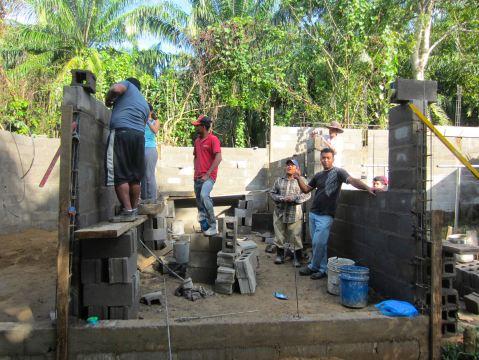 Honduras workers.PNG